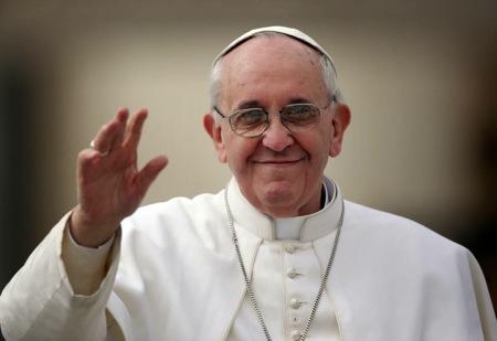 """El Sumo Pontífice se ha significado en contra de la explotación de las mujeres, un fenómeno que """"destruye la armonía que Dios ha querido dar al mundo""""."""