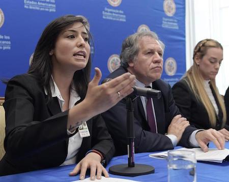 """Almagro redobla su denuncia a la """"dictadura"""" de Maduro con Tintori y Ceballos"""