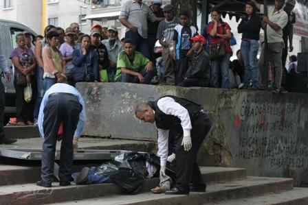 Tres delincuentes y un policía fallecidos en enfrentamiento en ... - Diario La Región