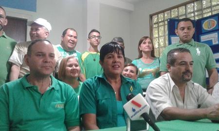 Carmen Feo estuvo acompañada por el secretario general Jhon Oropeza, el vicepresidente Alfredo Perdomo y Felix Fariña.